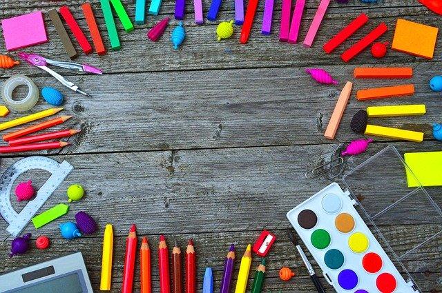 Fournitures scolaires : les listes par classe